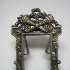 Antigüedades: BELLO MARCO MINIATURA ESTILO NAPOLEONICO. Lote 193860133