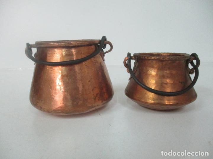 Antigüedades: Pequeñas Ollas - Olla de Cobre - Asa en Hierro - Principios S. XX - Foto 2 - 193902126