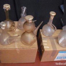 Antigüedades: COLECCION 15 PORRONES CRISTAL SOPLADO (VACIADO DE CASA)VAREMA D`ALELLA,AÑOS 80-95 25 A 30 CMS ALTO. Lote 193952102