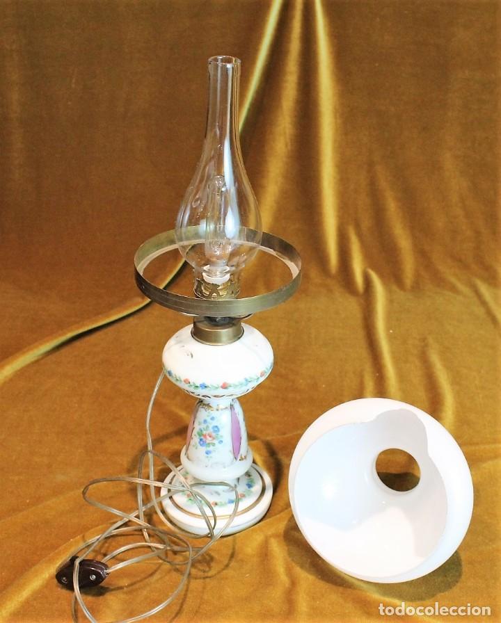 Antigüedades: Quinqué de porcelana, 40 cm, funciona - Foto 2 - 193954890