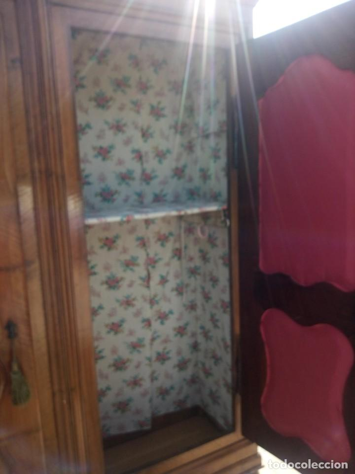 Antigüedades: antiguo armario de cerezo silvestre 2 piezas ensamblado con cuñas de madera,estilo suizo.siglo xix - Foto 7 - 193967007