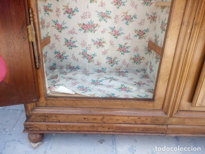 Antigüedades: antiguo armario de cerezo silvestre 2 piezas ensamblado con cuñas de madera,estilo suizo.siglo xix - Foto 20 - 193967007
