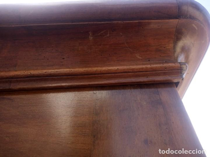 Antigüedades: antiguo armario de cerezo silvestre 2 piezas ensamblado con cuñas de madera,estilo suizo.siglo xix - Foto 29 - 193967007