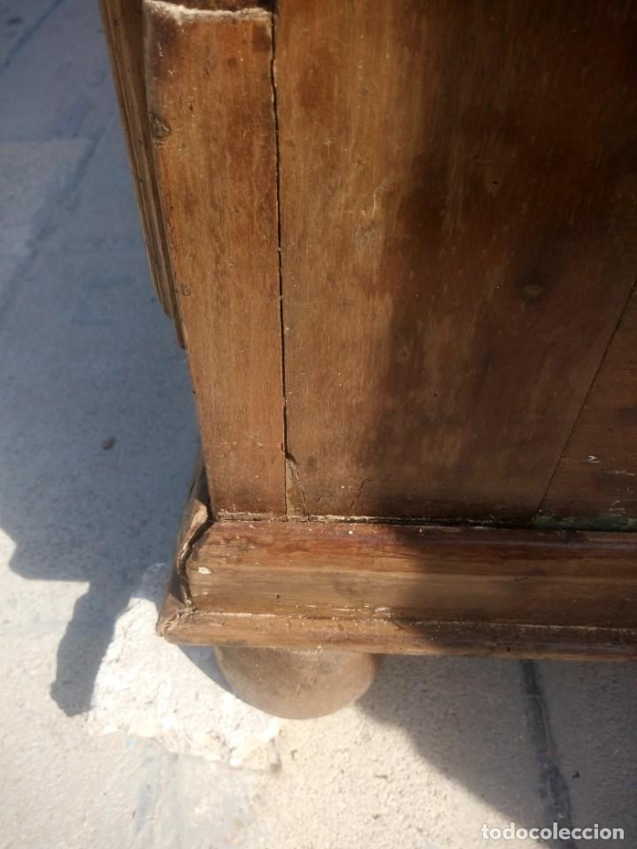 Antigüedades: antiguo armario de cerezo silvestre 2 piezas ensamblado con cuñas de madera,estilo suizo.siglo xix - Foto 38 - 193967007