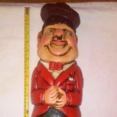 Antigüedades: ANTIGUO BOTELLERO DE MADERA DE OLIVER HARDY (EL GORDO). Lote 193969232