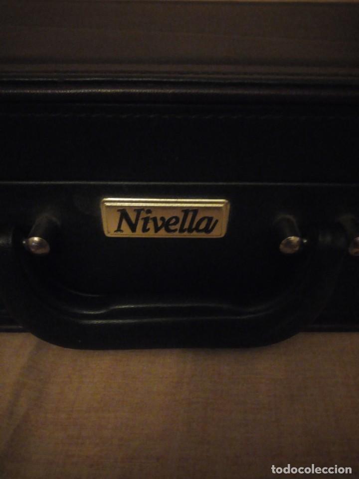 Antigüedades: Antiguo maletín de ejecutivo de cuero rígido Principios del siglo XX,nivella,con cierre de seguridad - Foto 4 - 193971548