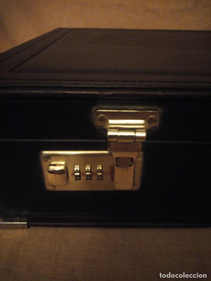 Antigüedades: Antiguo maletín de ejecutivo de cuero rígido Principios del siglo XX,nivella,con cierre de seguridad - Foto 5 - 193971548