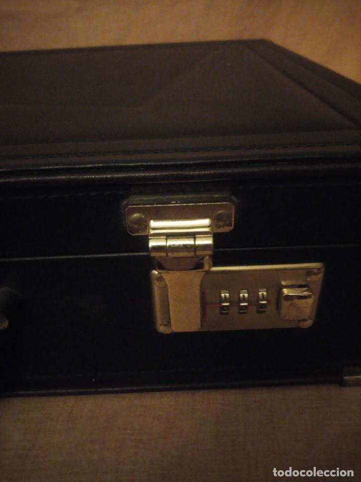 Antigüedades: Antiguo maletín de ejecutivo de cuero rígido Principios del siglo XX,nivella,con cierre de seguridad - Foto 6 - 193971548