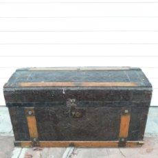 Antigüedades: PEQUEÑO BAUL ANTIGUO. Lote 193985321