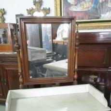 Antigüedades: TOCADOR ANTIGUO SIGLO XIX MARMOL BLANCO Y ESPEJO. Lote 183791792