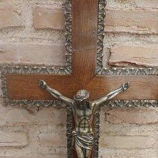 Antigüedades: CRUCIFIJO DE MADERA. Lote 193992380