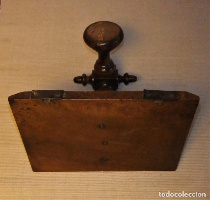 Antigüedades: ANTIGUA MENSULA PEANA DE MADERA TORNEADA - Foto 4 - 194000156