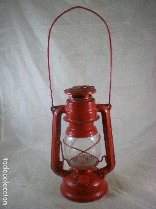 QUINQUE MEVA 863 ROJO - SIN USO - CHECOSLOVAQUIA - FAROL - LAMPARA (Antigüedades - Iluminación - Quinqués Antiguos)