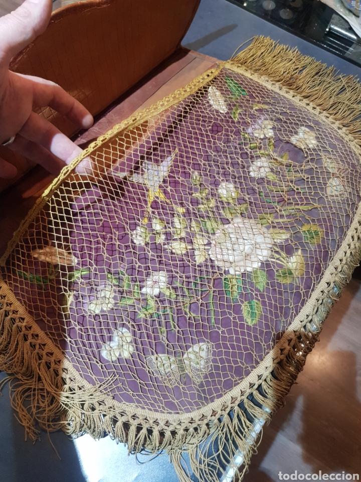 Antigüedades: Alforja o bandolera piel bordados de seda tipo arte pastoril tipo romería Muy antigua. - Foto 11 - 194007748