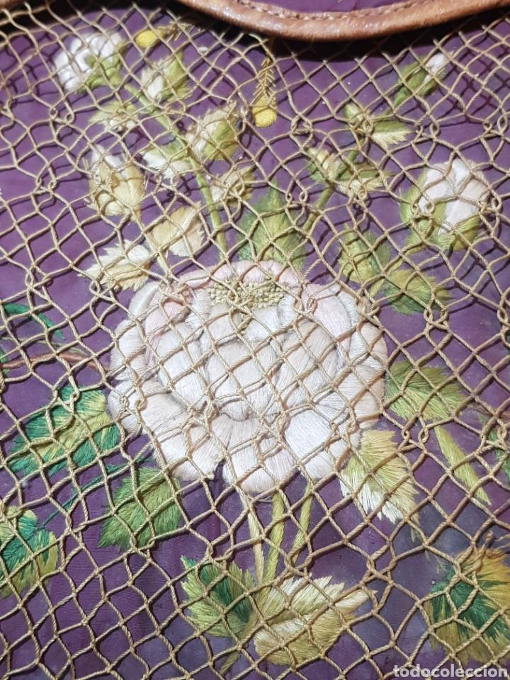 Antigüedades: Alforja o bandolera piel bordados de seda tipo arte pastoril tipo romería Muy antigua. - Foto 13 - 194007748