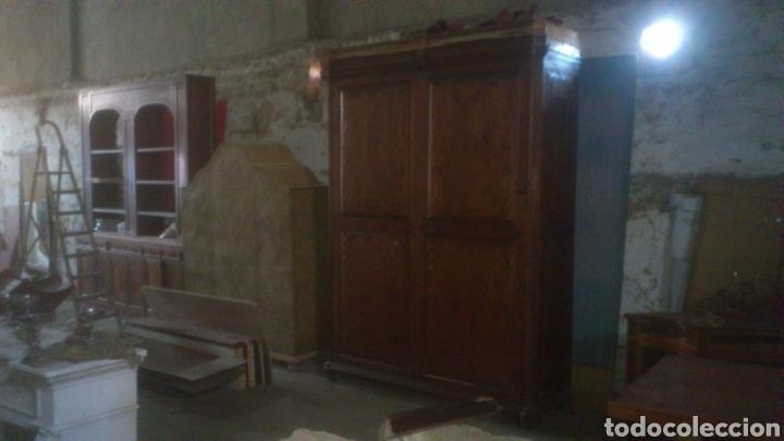 Antigüedades: Armario S XVIII - Foto 2 - 194010643