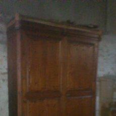 Antigüedades: ARMARIO S XVIII. Lote 194010643