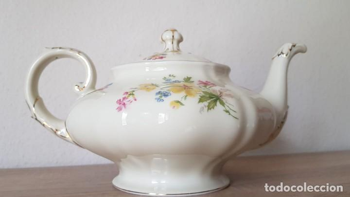 Antigüedades: Estupenda tetera en porcelana alemán, echa/pintada a mano sellada KyA krautheim.Selb made in Germani - Foto 2 - 194027378