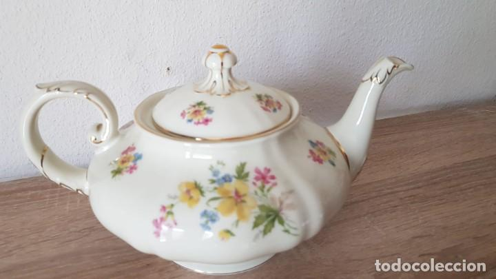 Antigüedades: Estupenda tetera en porcelana alemán, echa/pintada a mano sellada KyA krautheim.Selb made in Germani - Foto 3 - 194027378