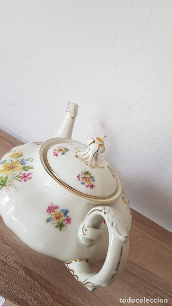 Antigüedades: Estupenda tetera en porcelana alemán, echa/pintada a mano sellada KyA krautheim.Selb made in Germani - Foto 7 - 194027378
