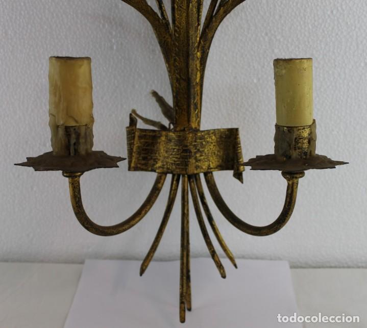 Antigüedades: LÁMPARA APLIQUE DE PARED EN METAL DORADO CON TULIPANES DE PRINCIPIOS DEL SIGLO XX - Foto 4 - 194073701