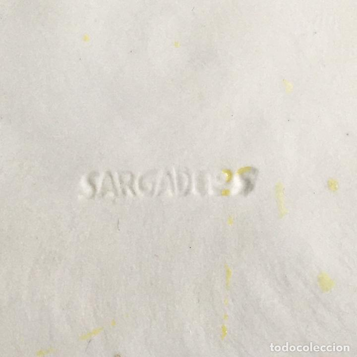 Antigüedades: MEDALLA-PLACA-MEDALLÓN-CARACOLA-MOLUSCO-PORCELANA-SARGADELOS - Foto 3 - 194084213
