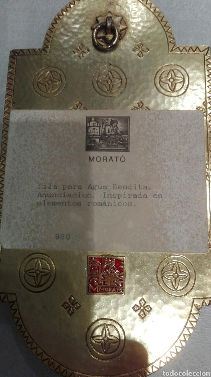 Antigüedades: Modest Morato (1909) benditera en bronce en esmalte al fuego. Anunciación 21x11. - Foto 2 - 194100412