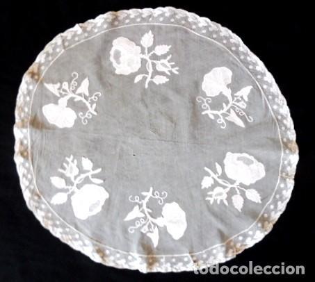 Antigüedades: ANTIGUO TAPETE DE ENCAJE - PPIO. XX - Foto 3 - 194117161