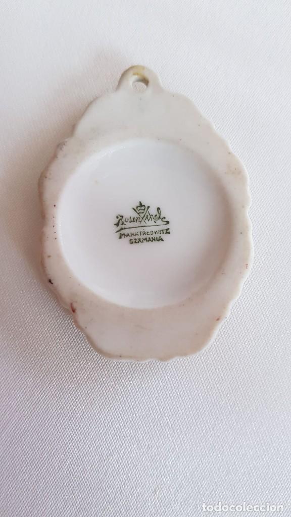Antigüedades: Precioso colgante de porcelana hecha e pintada a mano de la marca Rosenthal - Foto 3 - 194125105
