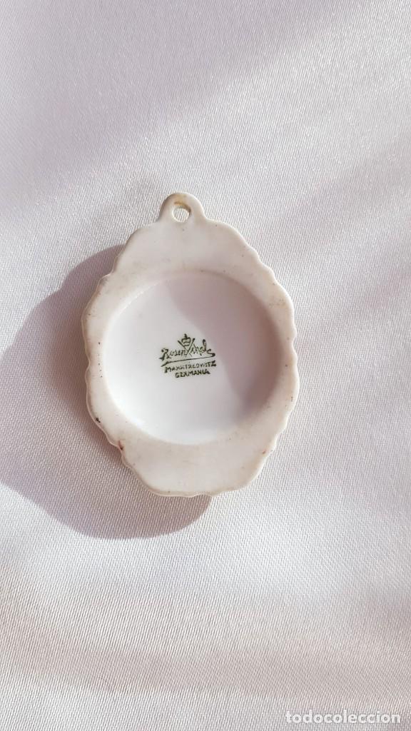 Antigüedades: Precioso colgante de porcelana hecha e pintada a mano de la marca Rosenthal - Foto 4 - 194125105