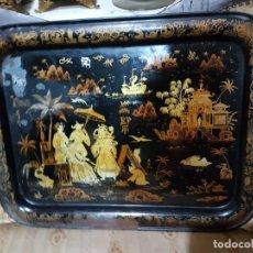 Antigüedades: ENORME Y ANTIGUA BANDEJA EN HOJALATA ESCENAS CHINESCA SG.XIX. ISABELINA. Lote 194139681