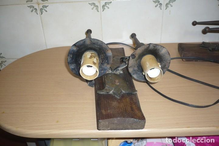 Antigüedades: 2 Antiguos Apliques de Forja y Madera - Foto 8 - 194167173