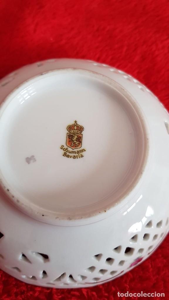 Antigüedades: Plato en porcelana Vintage Alemana Carl Schumann Bavaria calado plato hecho y pintado mano - Foto 9 - 194174367