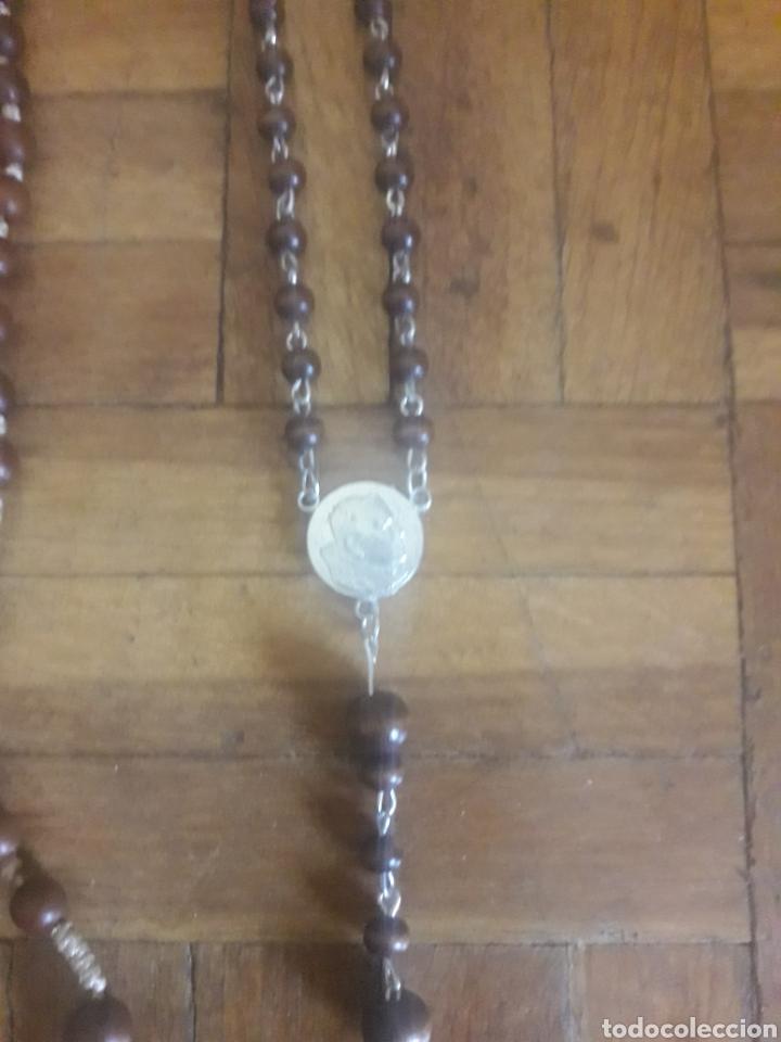 Antigüedades: 2, rosarios, cuentas de madera, Fátima y Juan Pablo II - Foto 3 - 194194228