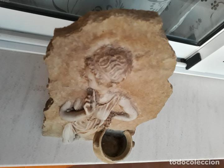 Antigüedades: Espectacular benditera tallada de piedra/mármol con la figura de una posible diosa Artemisa? - Foto 2 - 194194543