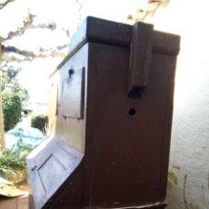 Antigüedades: *ARMARIO CON PASTERA. .MUEBLE RUSTICO CATALAN.. Lote 194199145