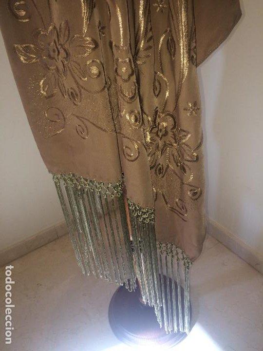 Antigüedades: ELEGANTE CHAL DE MUJER PARA FIESTA - AÑOS 30/40 - EXCELENTE CALIDAD - Medidas 190 x 70 cms. - Foto 2 - 194199795