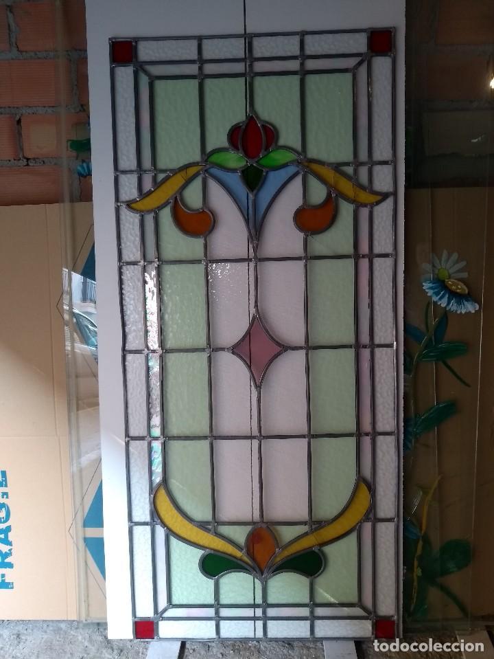 VIDRIERA - VIDRIO EMPLOMADO - MOTIVOS FLORALES (Antigüedades - Cristal y Vidrio - Otros)