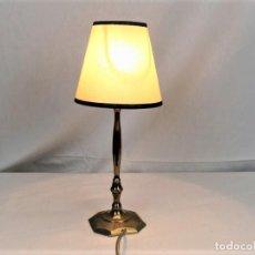 Antigüedades: ANTIGUA LAMPARITA EN BRONCE. Lote 194232347
