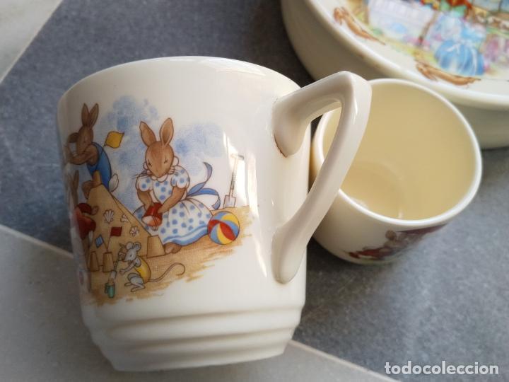 Antigüedades: Juego de tres piezas bebe porcelana Inglesa Royal Doulton Bunnykins - Foto 3 - 194233697