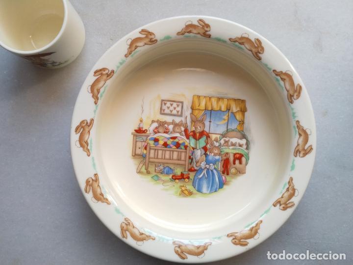 Antigüedades: Juego de tres piezas bebe porcelana Inglesa Royal Doulton Bunnykins - Foto 8 - 194233697