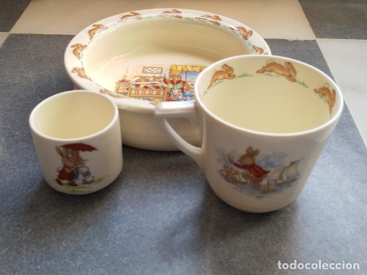 Antigüedades: Juego de tres piezas bebe porcelana Inglesa Royal Doulton Bunnykins - Foto 9 - 194233697