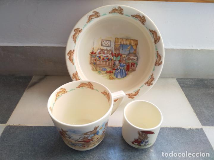 Antigüedades: Juego de tres piezas bebe porcelana Inglesa Royal Doulton Bunnykins - Foto 27 - 194233697