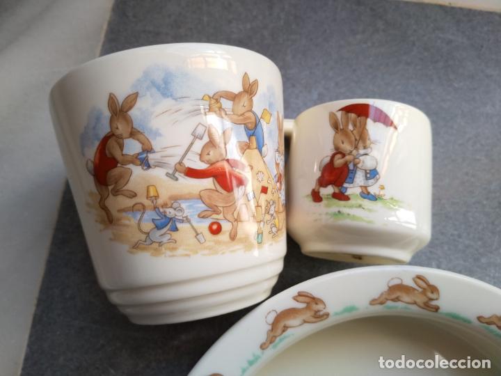 Antigüedades: Juego de tres piezas bebe porcelana Inglesa Royal Doulton Bunnykins - Foto 29 - 194233697