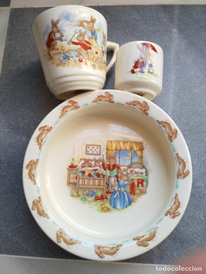 Antigüedades: Juego de tres piezas bebe porcelana Inglesa Royal Doulton Bunnykins - Foto 32 - 194233697