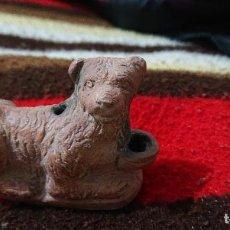 Antigüedades: LUCERNA ROMANA DE TERRACOTA - PERRO. Lote 194234012