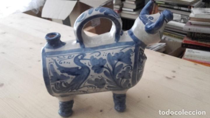 Antigüedades: CERAMICA O BARRO COCIDO. BOTIJO EN FORMA DE VACA. - Foto 3 - 194237211