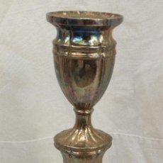 Antigüedades: CANDELABRO DE ALPACA. Lote 194238908