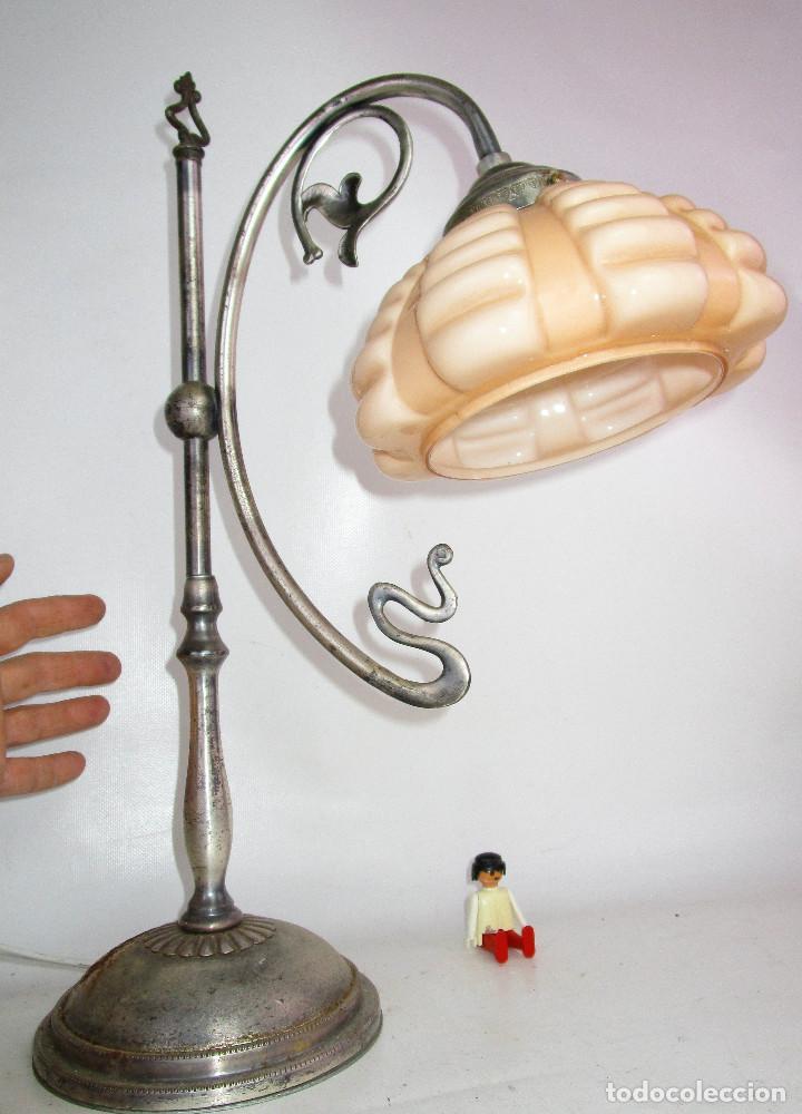 Antigüedades: PRECIOSA LAMPARA ART DECO MODERNISTA EN ACERO CROMADO Y TULIPA OPALINA SALMON - Foto 3 - 194243780