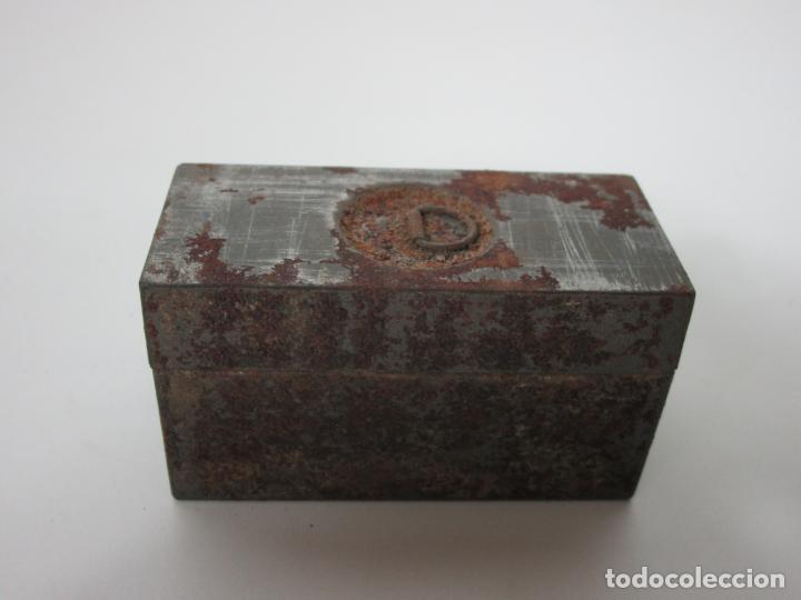 Antigüedades: Neceser de Viaje - Militar - Empuñaduras en Hueso - con Tintero, Navajas Afeitar, etc - S. XIX - Foto 40 - 194281241